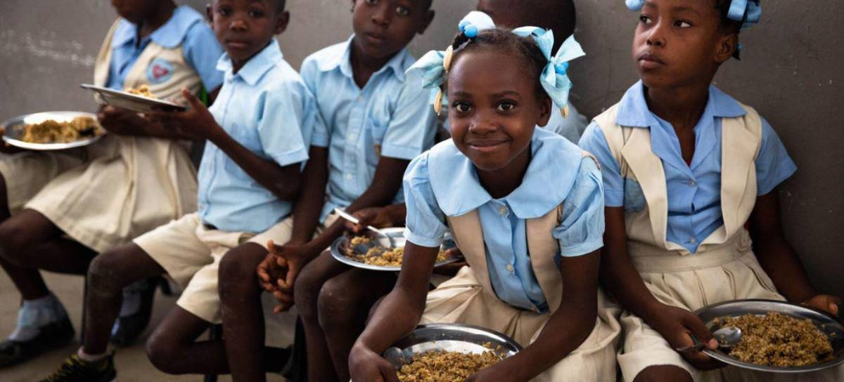 La falta de fondos amenaza la vida de 86.000 niños en Haití