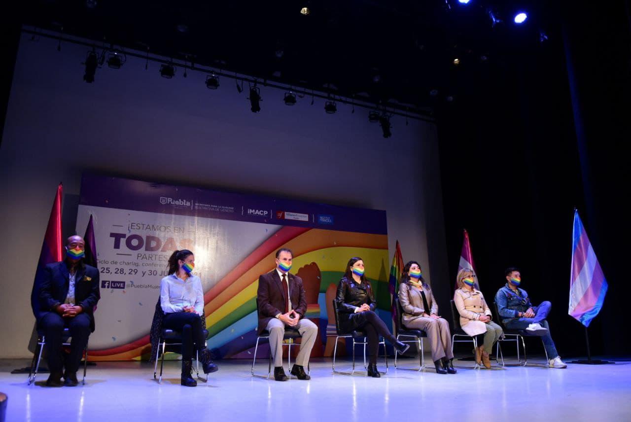 Celebra Ayuntamiento de Puebla actividades artísticas a favor del reconocimiento de la diversidad sexual