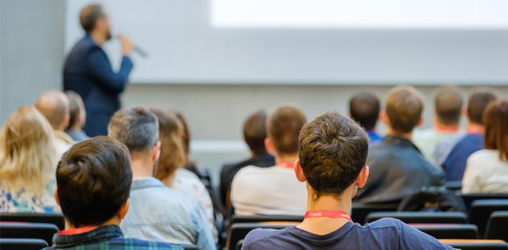 El impacto de la COVID-19 en el futuro de la educación superior en un ciclo de coloquios