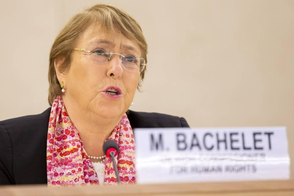 Cuba: Bachelet insta al diálogo y pide la liberación de los manifestantes detenidos