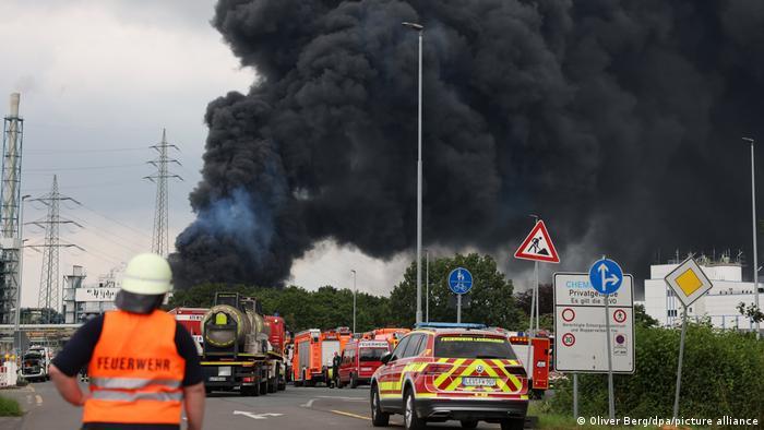 Explosión en planta química deja dos muertos en Alemania