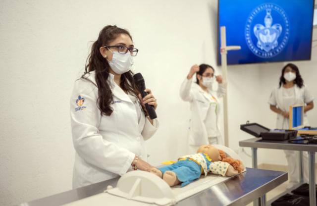 Obtiene la Licenciatura en Medicina del Complejo Regional Sur acreditación por parte de CIEES