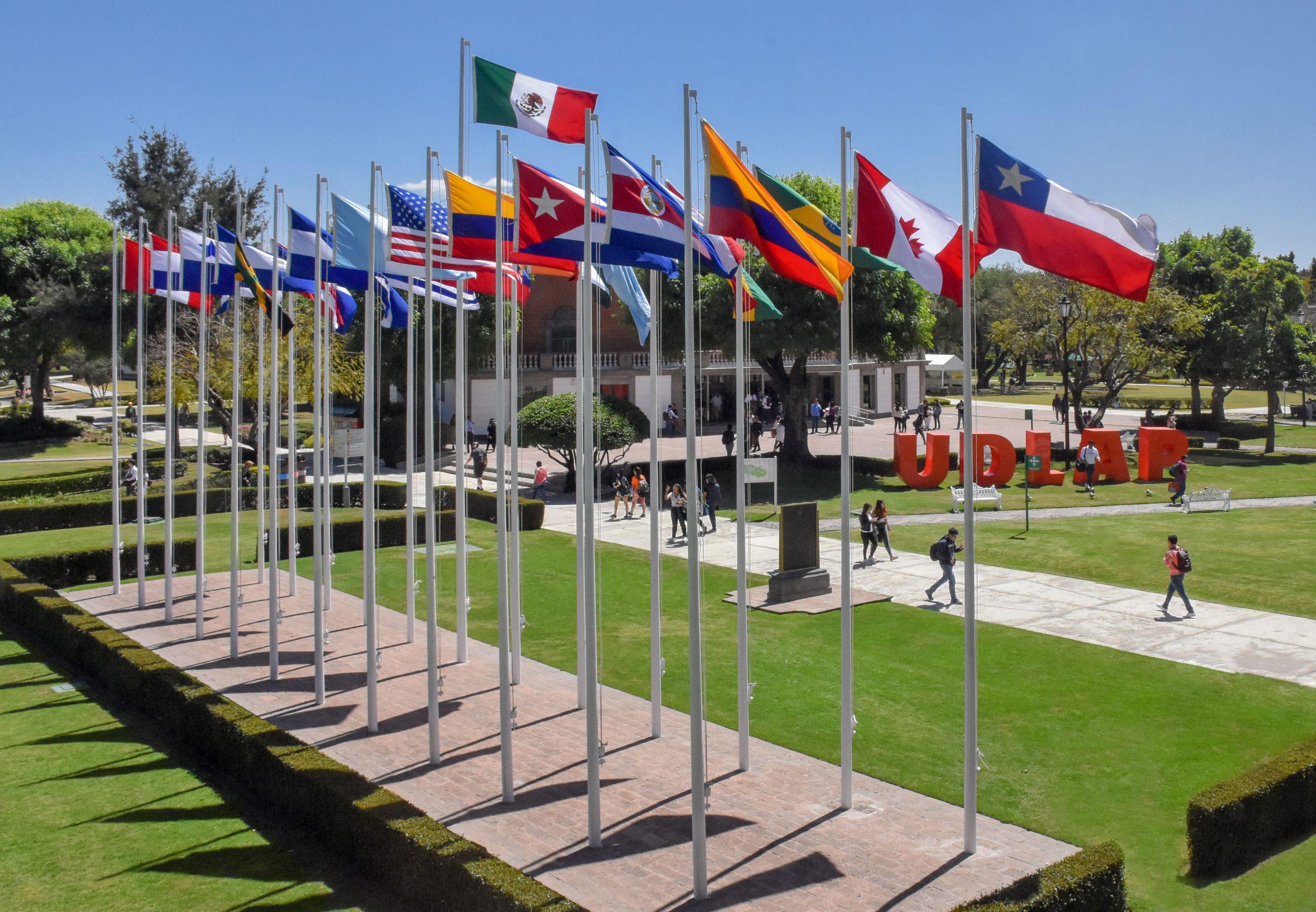 """Maestría de Administración de Empresas de la UDLAP en el top 5 del ranking """"Los Mejores MBA"""" realizado por Expansión"""