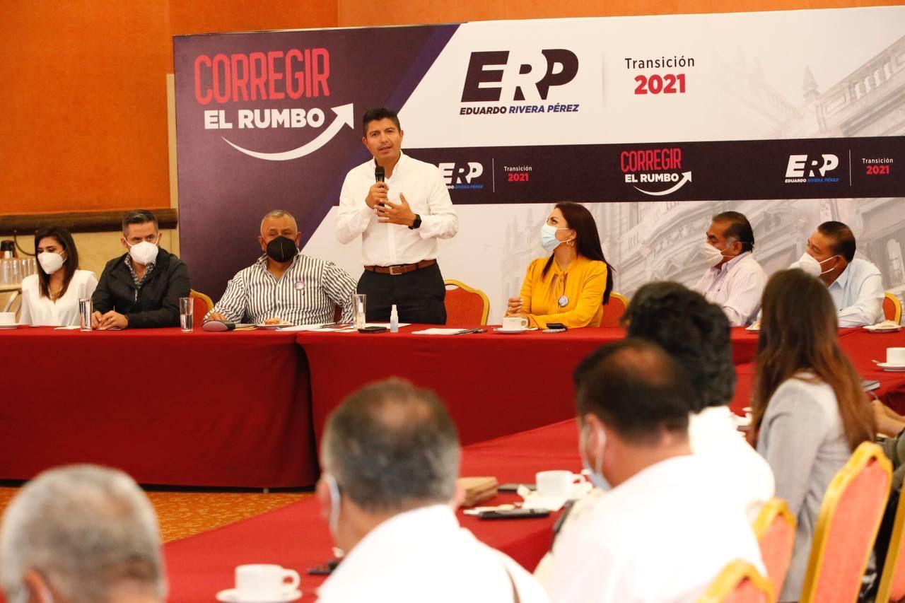 Video desde Puebla: Eduardo Rivera se reunió con transportistas y taxistas