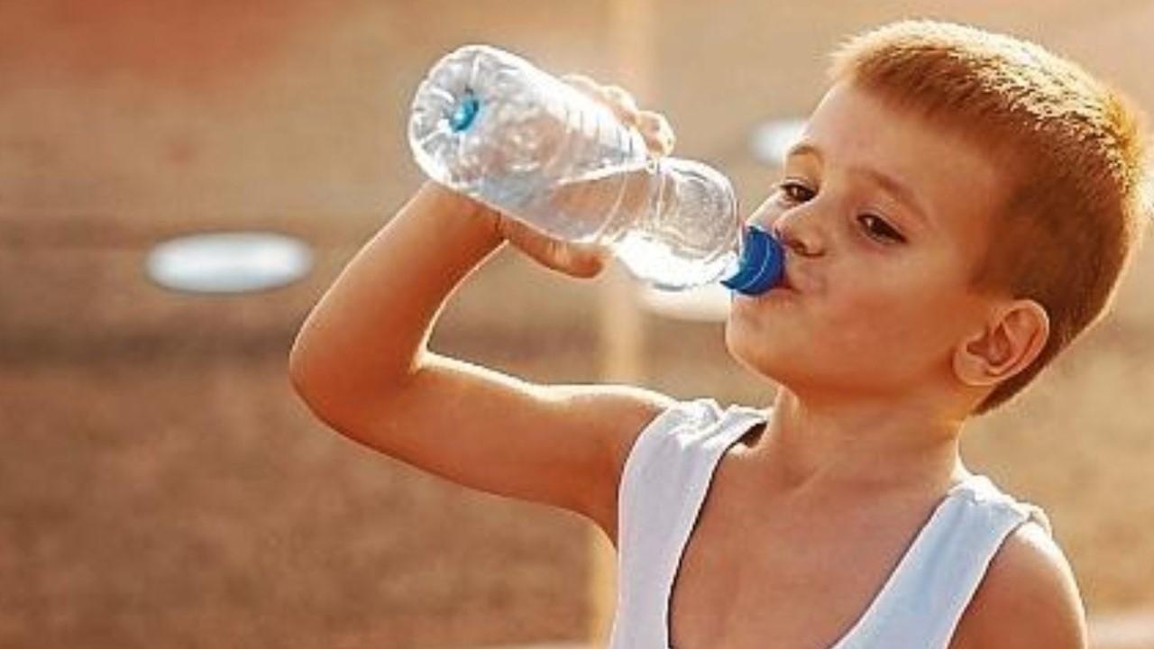 Niños deportistas: por qué el agua  es siempre la mejor opción para evitar la deshidratación