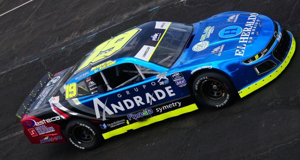 Tres de tres para Noel León en NASCAR Challenge