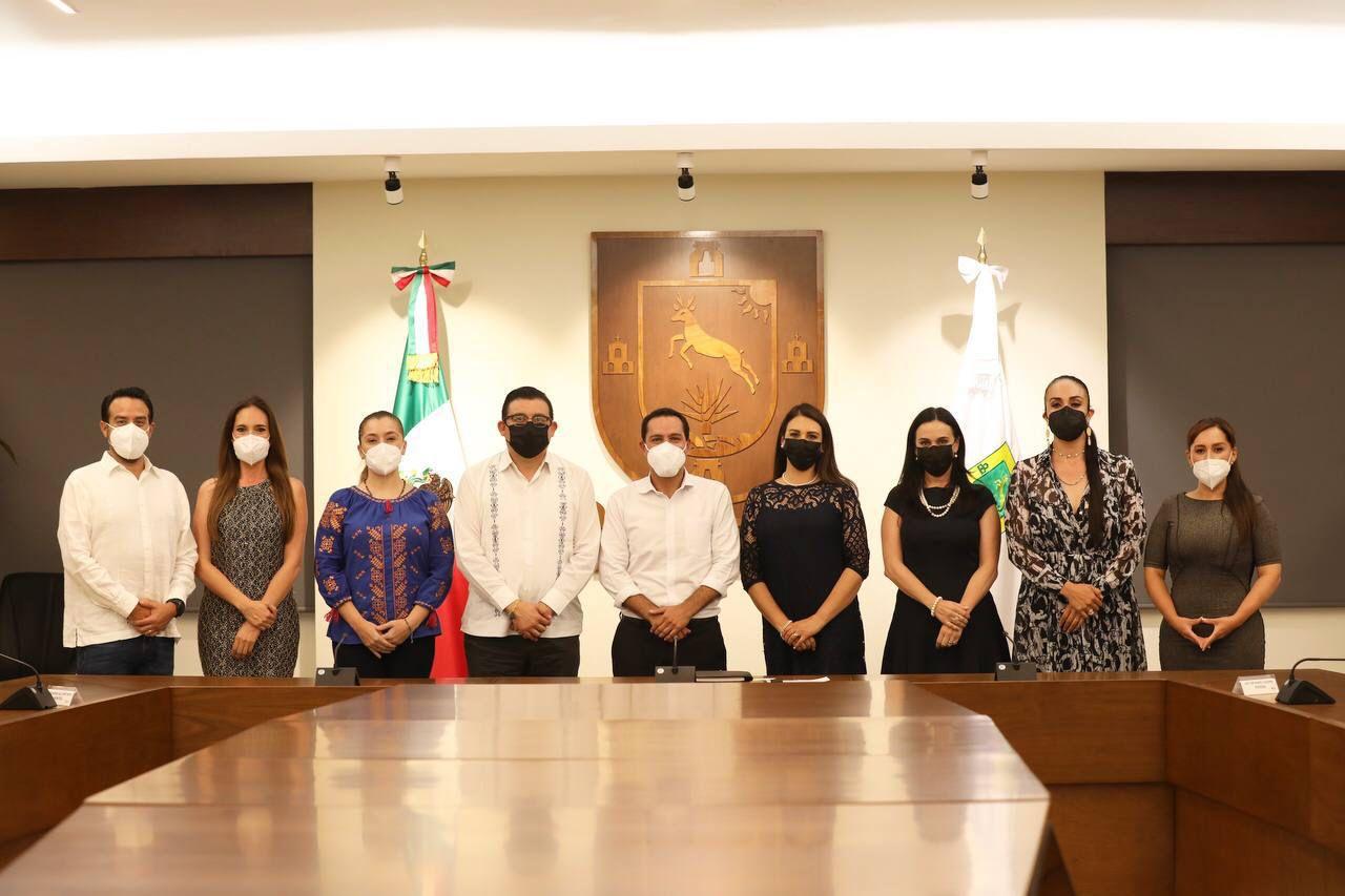 Diputadas y diputados locales electos del PAN se reúnen con el gobernador de Yucatán, Mauricio Vila Dosal