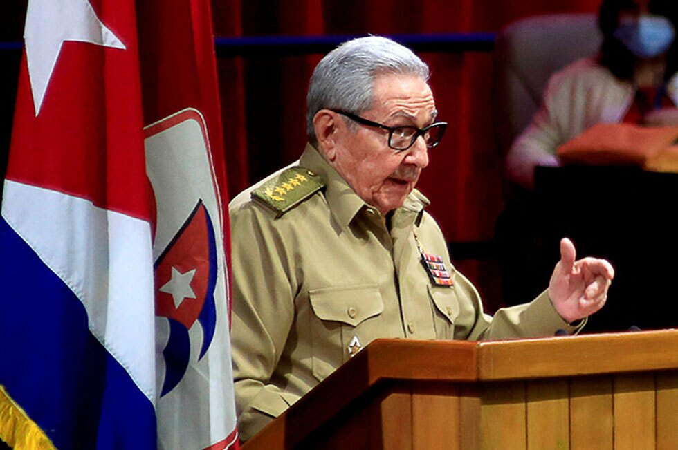 Pobre Cuba… atrapada en la cápsula del tiempo