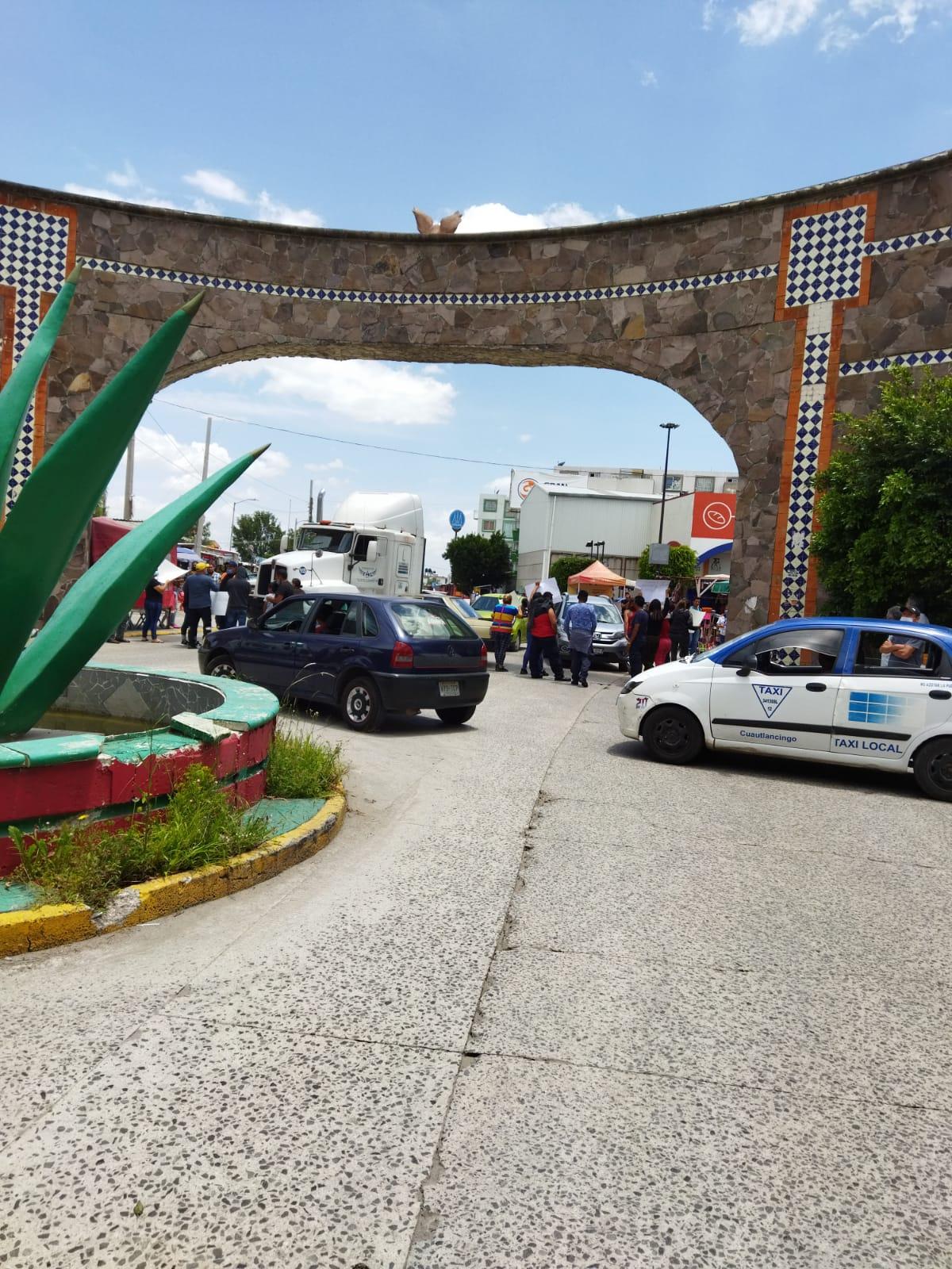 Proceder ilegal de las autoridades de INFONAVIT Puebla y del Ayuntamiento de Coronango, enfurecen a residentes de Misiones de San Francisco etapa 9A