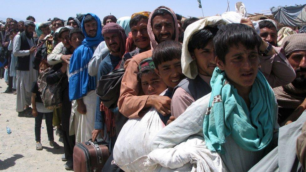 No hay salida para los afganos en peligro, se necesita una respuesta internacional más amplia