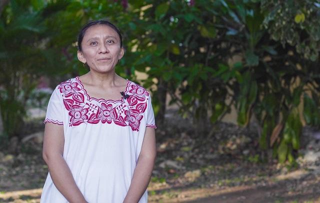 Alumna de posgrado IBERO investiga proceso formativo de mujeres mayas con doctorado