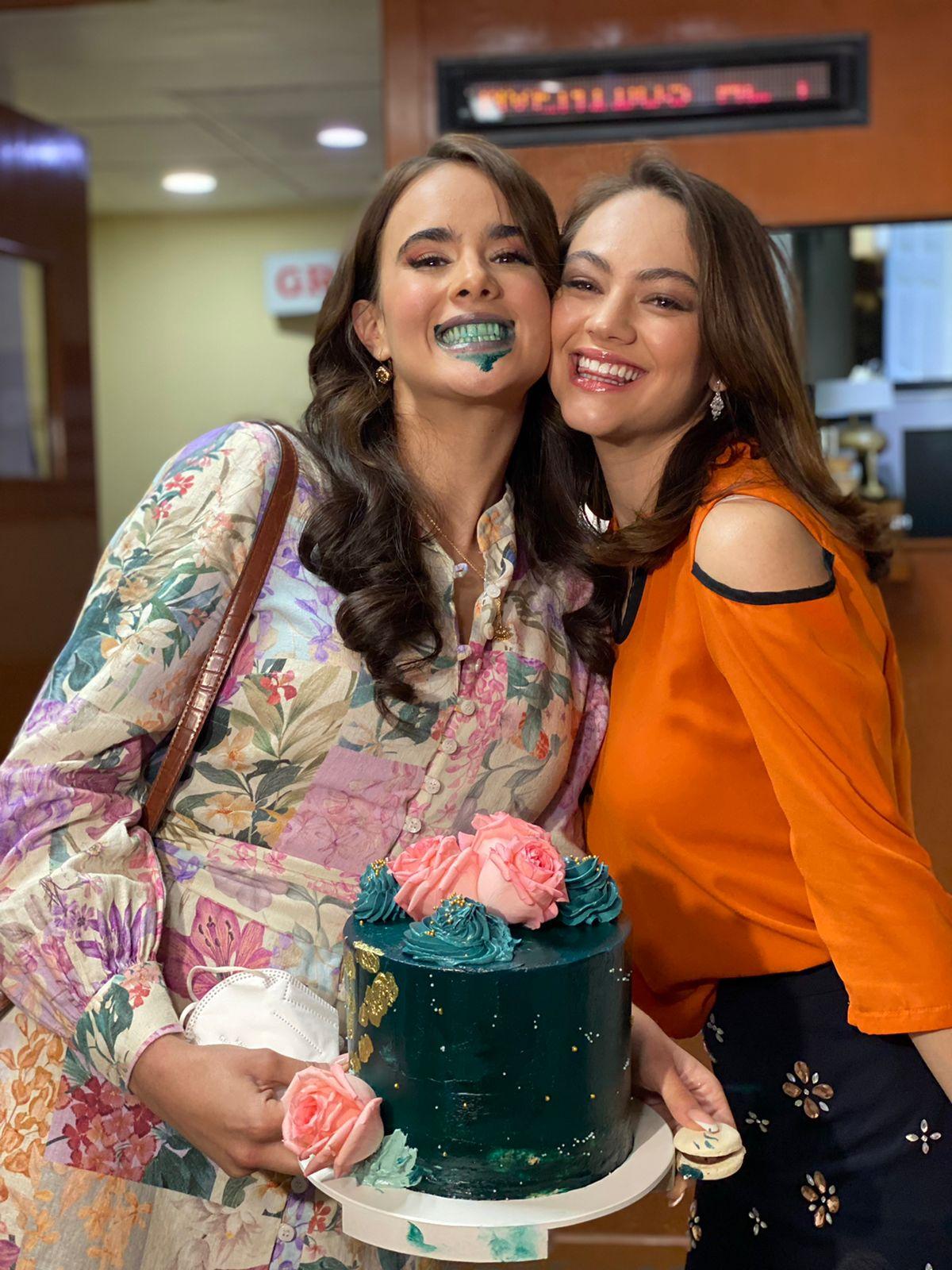 """Elenco y producción de """"Diseñando tu amor"""" le celebraron su cumpleaños a Gala Montes"""