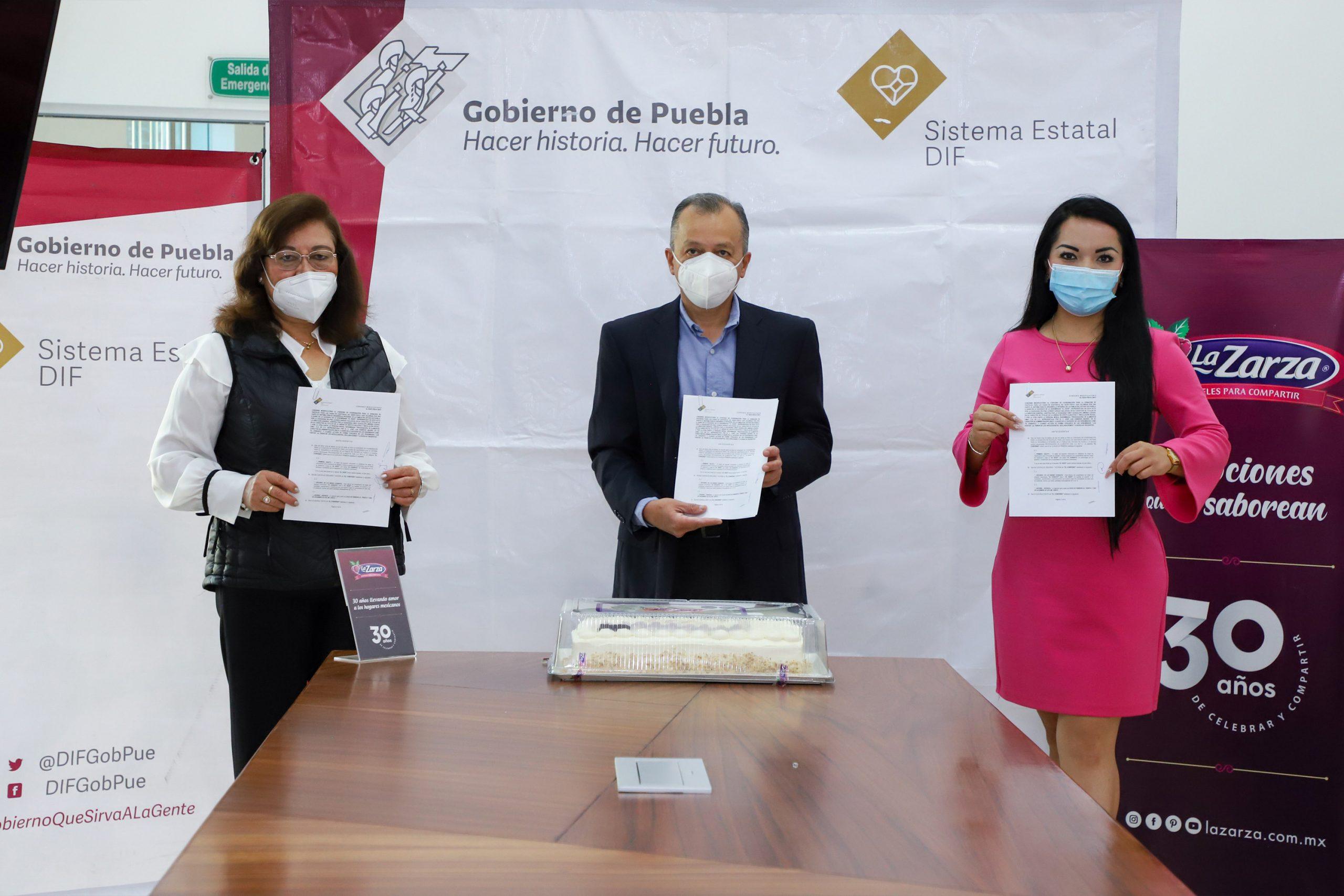 """Signa SEDIF convenio con """"La Zarza"""" a favor de niñas y niños de casas de asistencia"""