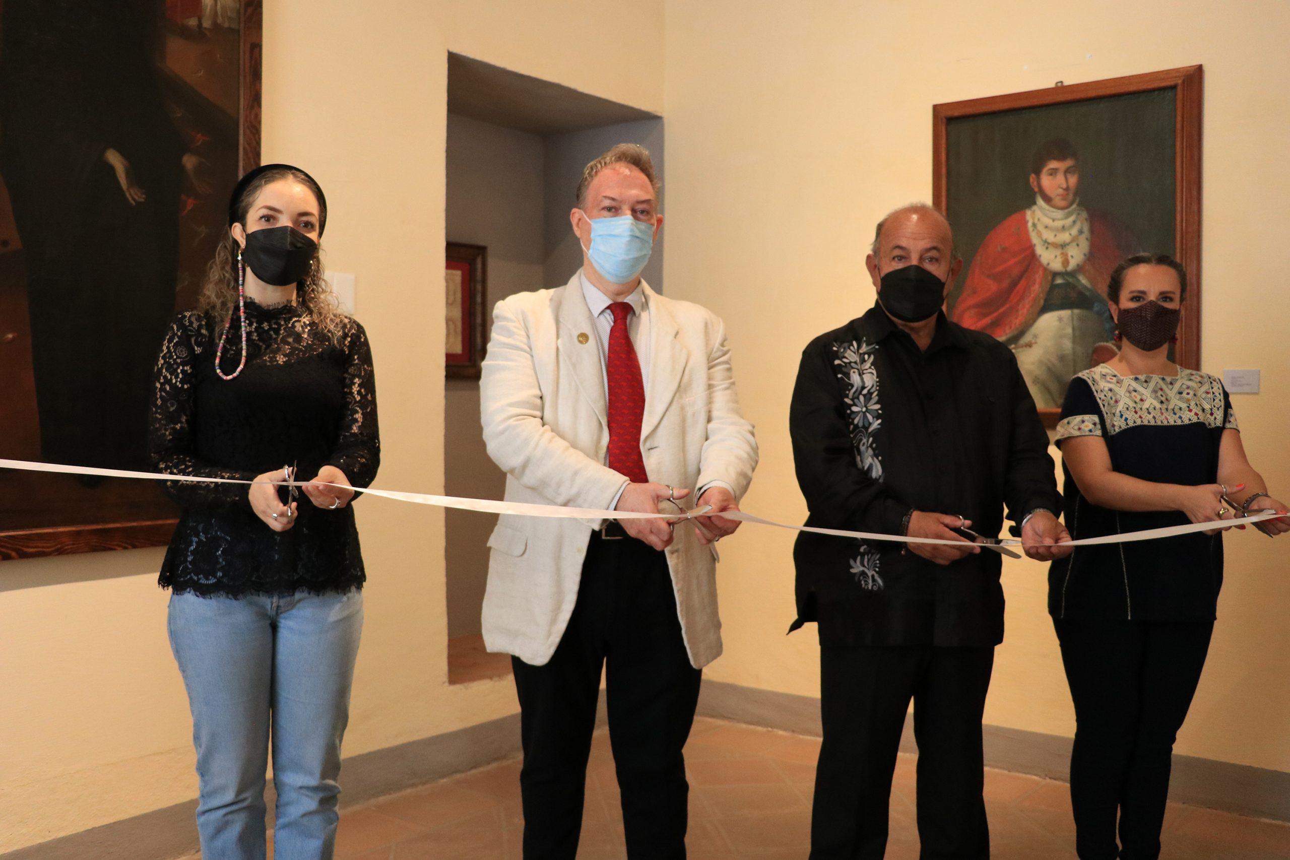 Con exposición, Cultura continúa celebración de los 200 Años del Chile en Nogada