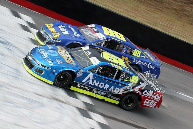 Noel León continúa de líder en NASCAR Challenge después de cinco fechas