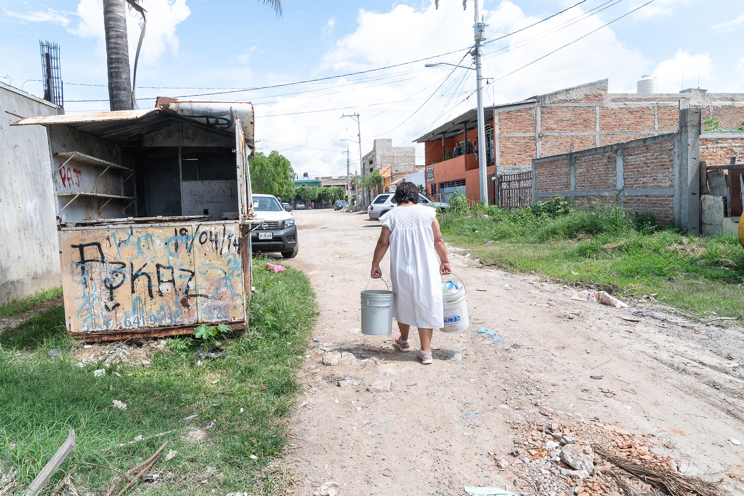 Es necesario un cambio en la estrategia del combate a la pobreza, coinciden expertos