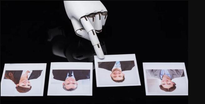 Inteligencia artificial que saca  conclusiones de las entrevistas laborales