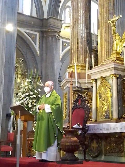 Arzobispo se lanzó contra dictamen de la SCJN y pidió denunciar los atentados contra la vida humana