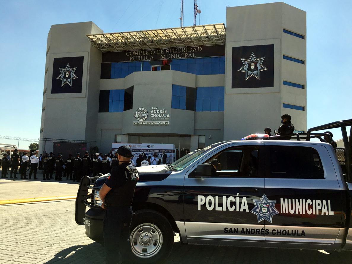 Sonata Town Center solicitó apoyo a oficiales de Tránsito Municipal para retirar ambulantes
