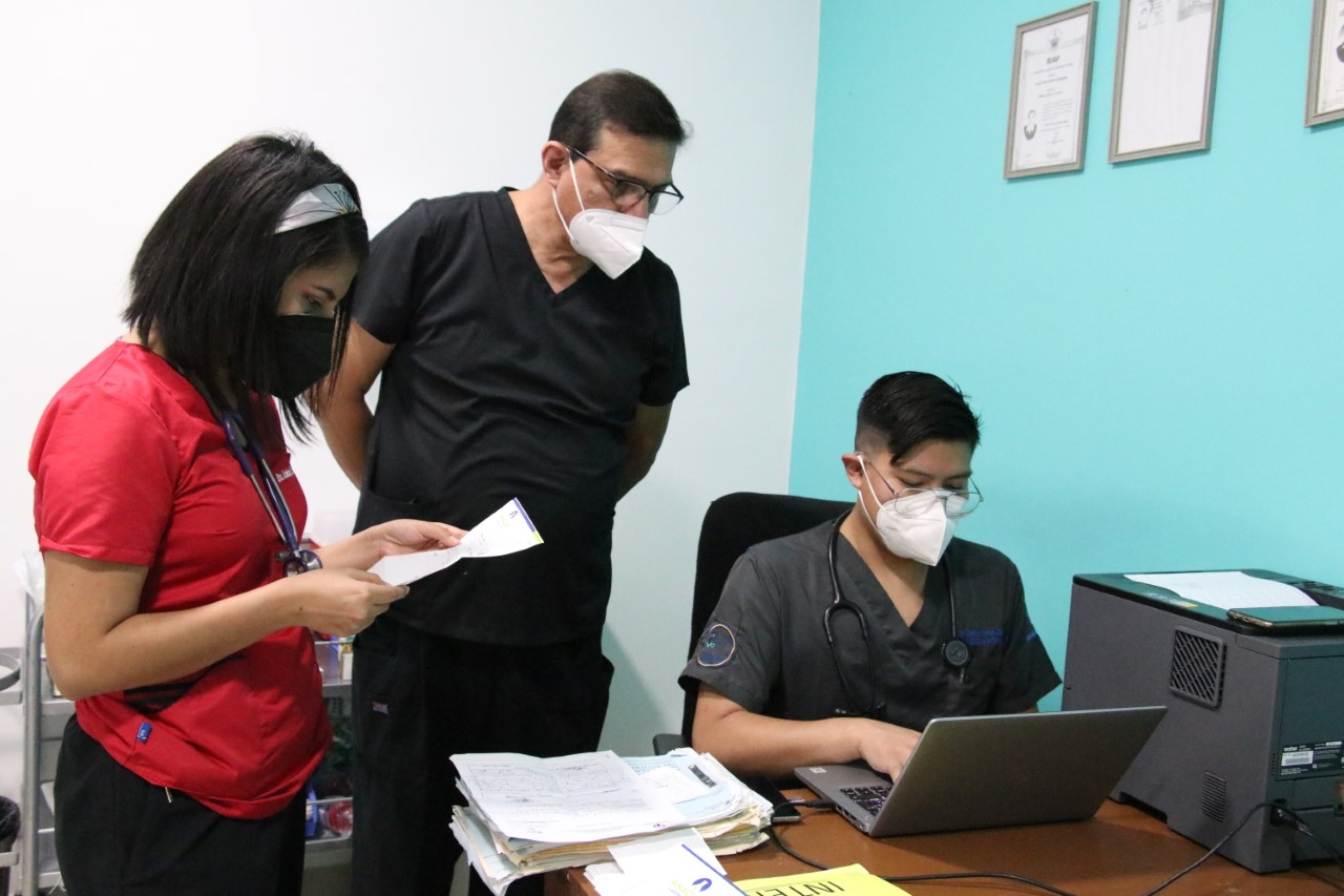 Acerca ISSSTEP servicios a derechohabientes de la región de Izúcar de Matamoros