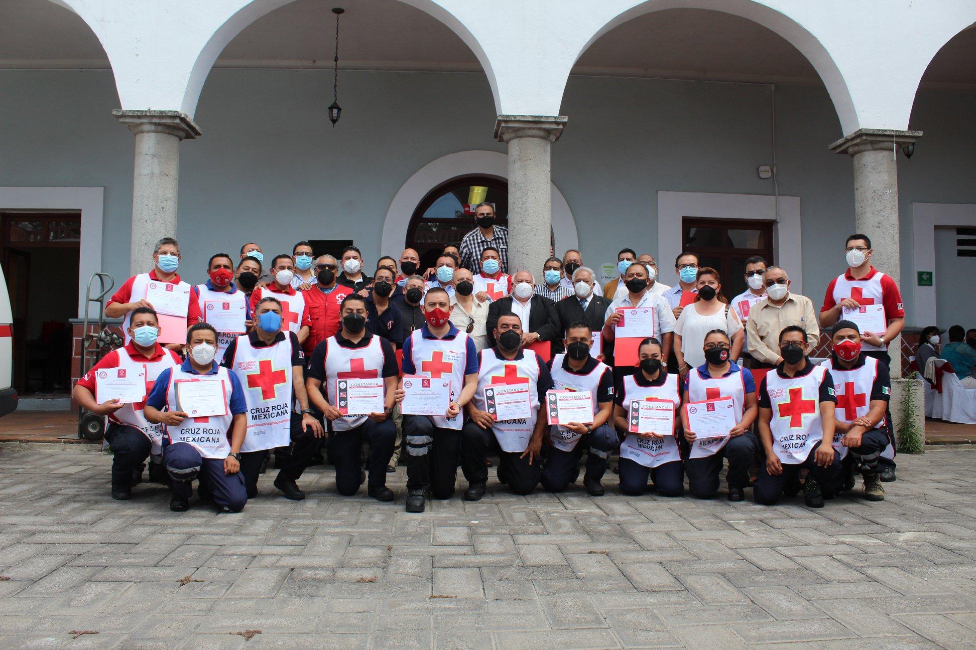 Cruz Roja Ciudad de Puebla celebra 50 años de la especialidad de Rescate Acuático