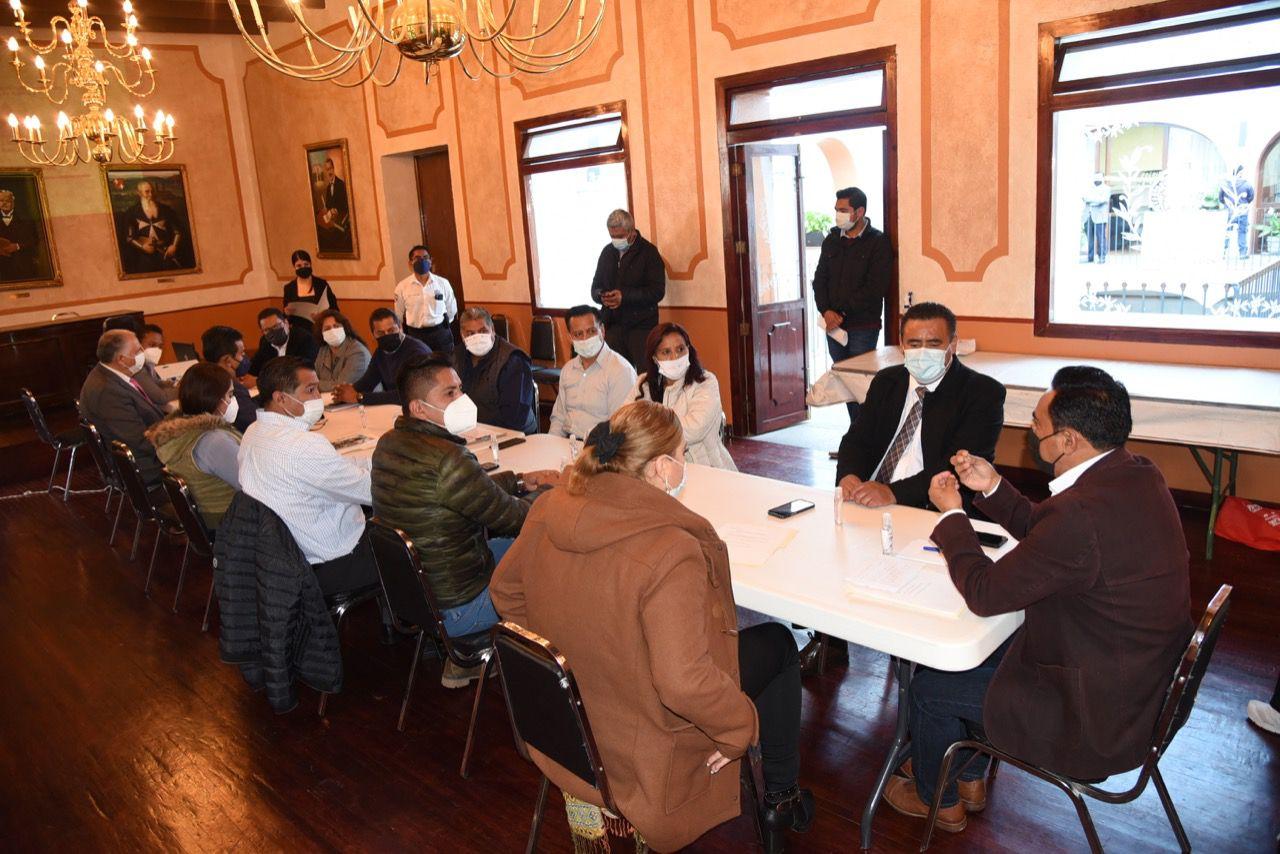 Une fuerzas Jorge Corichi con presidencias de Comunidad