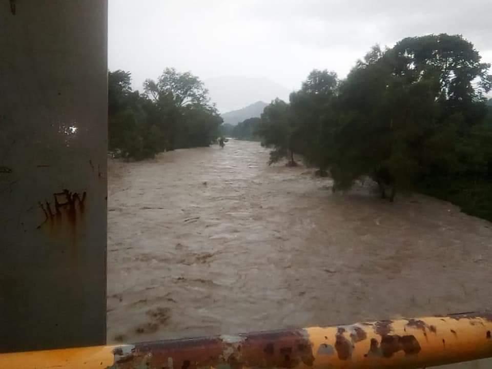 SOS alertan por crecida del río Zilima en Xicotepec