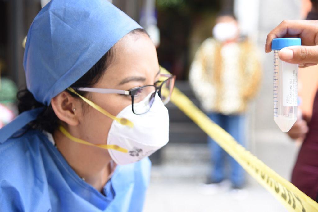 Ayuntamiento de Tlaxcala hace más llevadera la espera de personas que se realizan pruebas de COVID19
