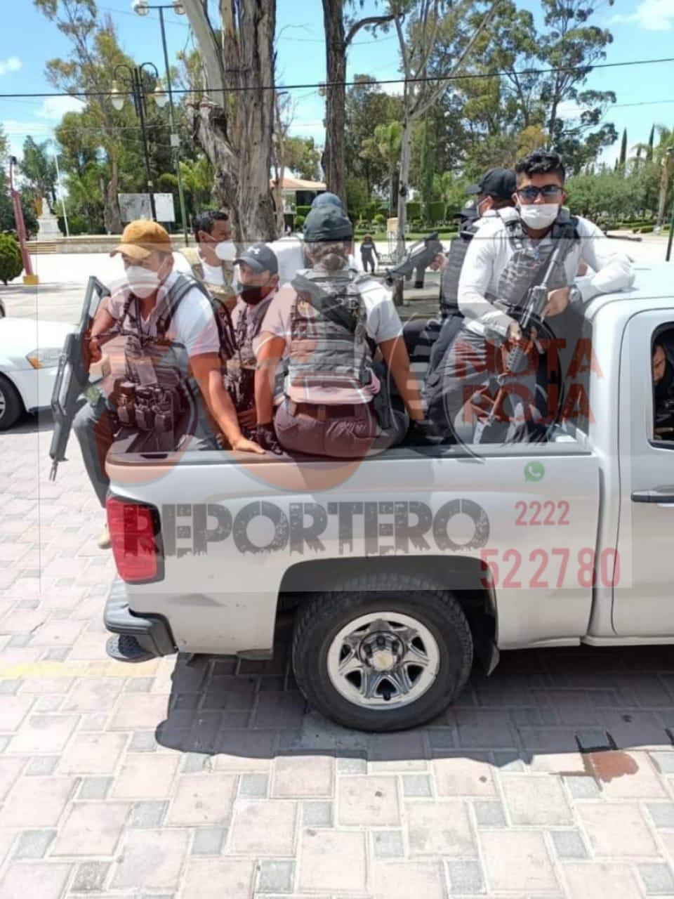 Fotonota: Hasta hombres armados amagan con cerrar la autopista México-Puebla