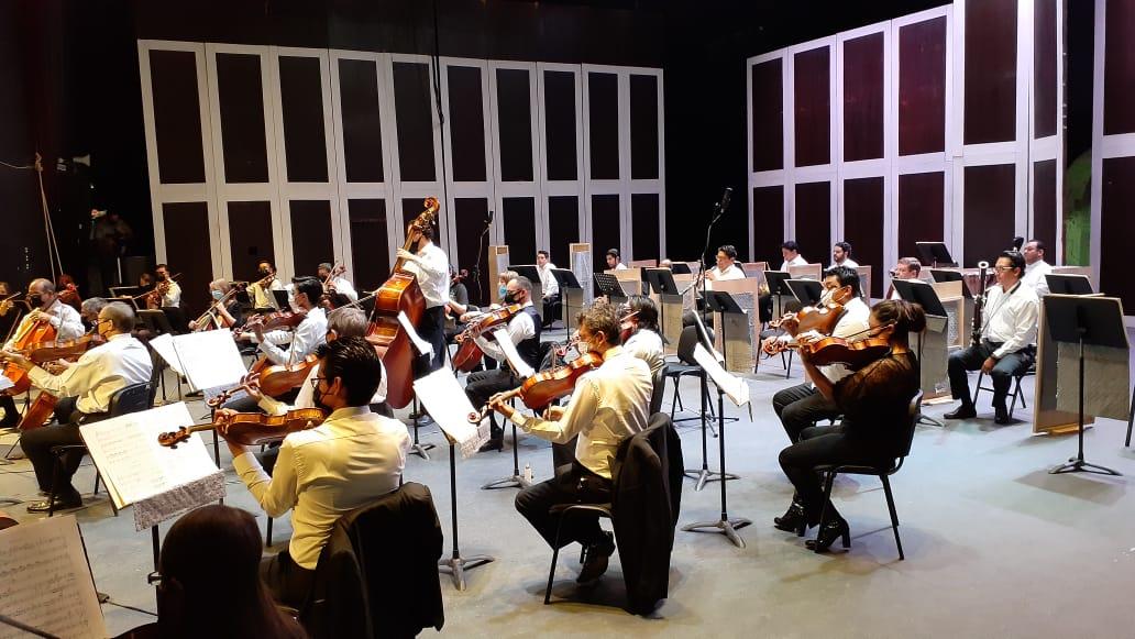 La OSSLP celebra con música mexicana las Fiestas Patrias