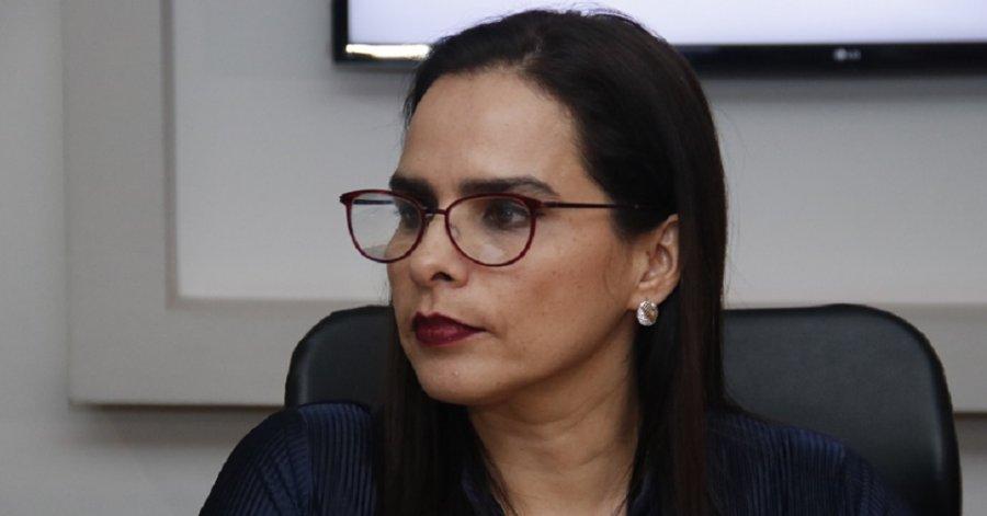 Colocan en el muro de honor del legislativo el nombre de Esperanza Ramos de Naranjo, primera mujer congresista poblana