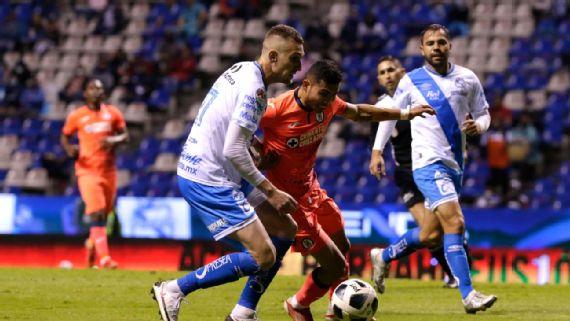 Puebla empata 1-1 contra Cruz Azul en partido de reaparición de Jesús Corona