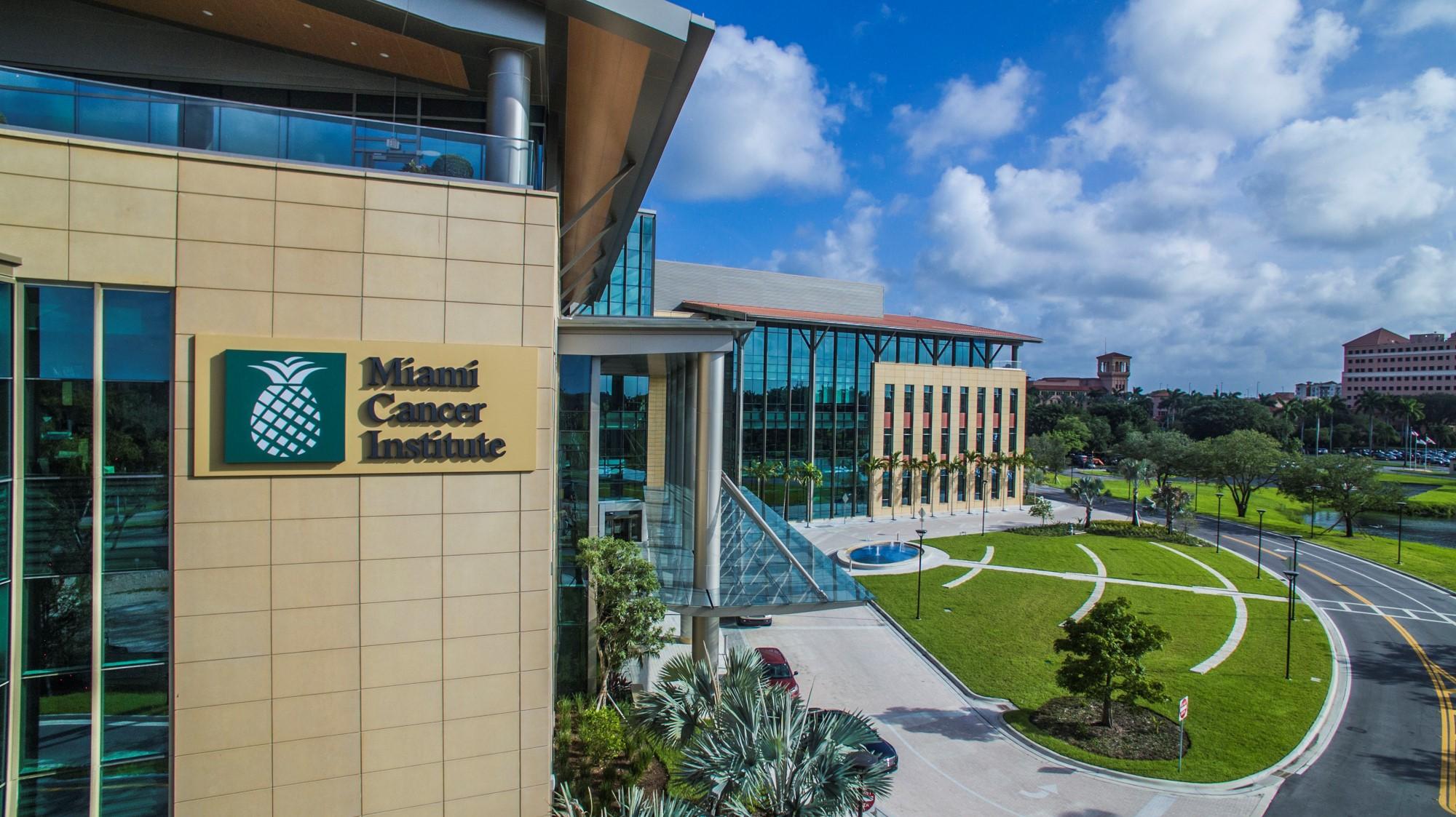 Miami Cancer Institute se convierte en el primer y único centro de terapia de protones acreditado por APEx en el estado de Florida