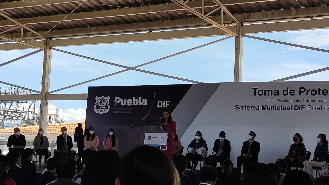 Video desde Puebla: Liliana Ortiz rinde protesta como presidenta del DIF Municipal