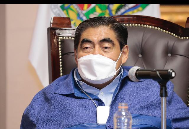 Resalta Barbosa Huerta voluntad de poblanos para realizar cambios voluntarios de placas