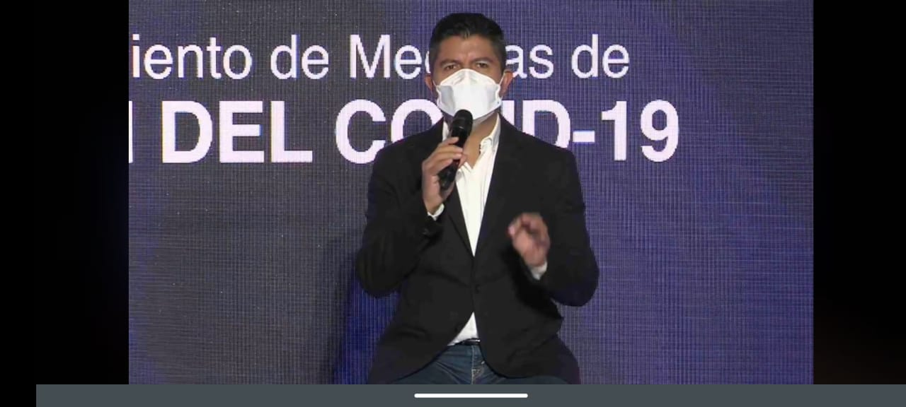 Panteones estarán abiertos en temporada de Muertos: Eduardo Rivera