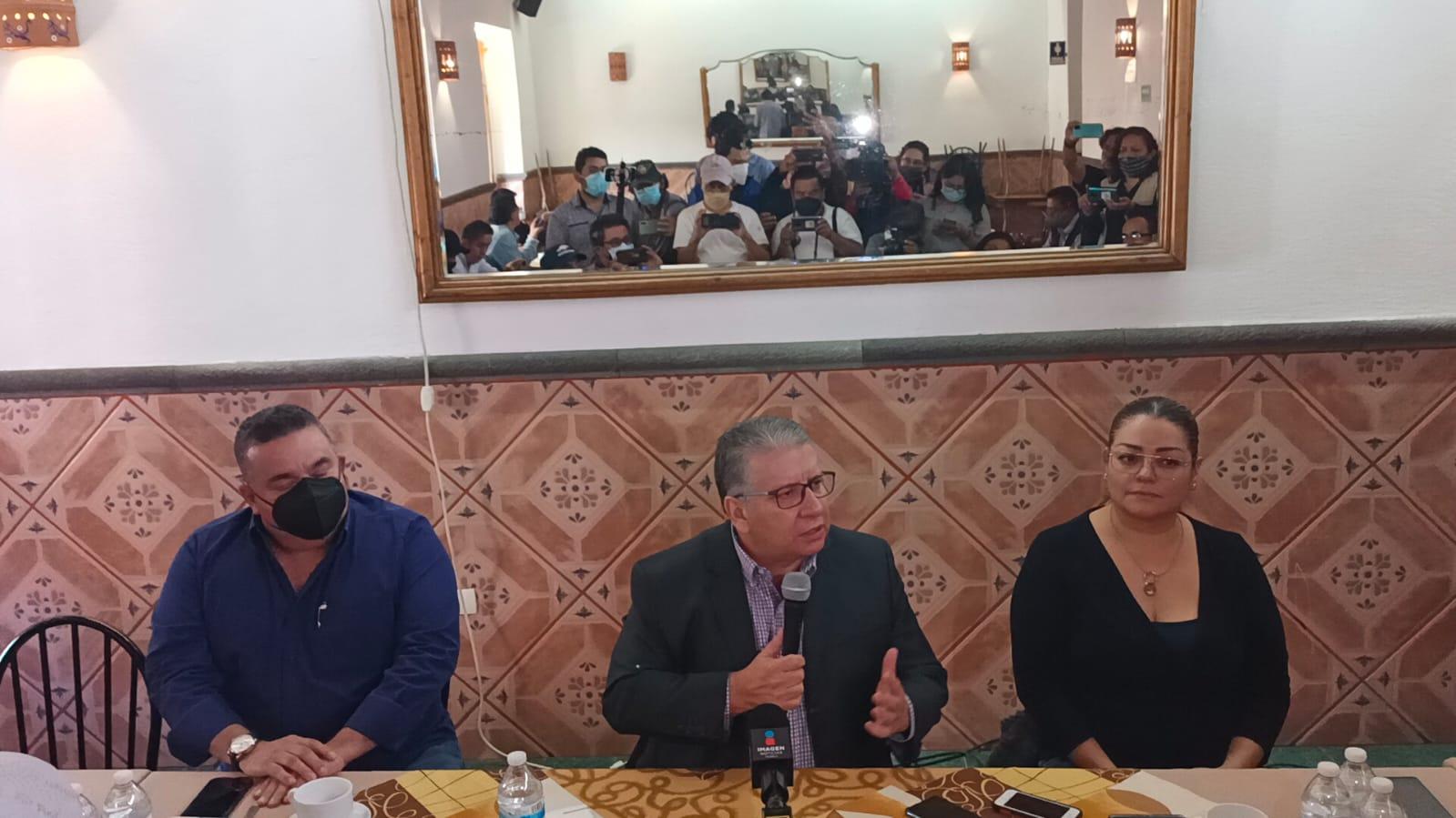 Enrique Doger refrenda cercanía con Ignacio Mier pero reitera su militancia en el PRI