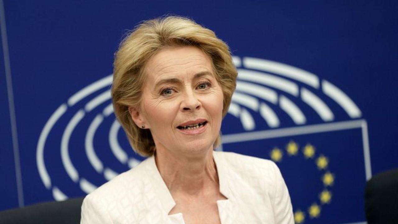 Presidenta de la Comisión Europea, Ursula Von Der Leyen, admite preocupación por la salida de Polonia del ordenamiento jurídico del continente