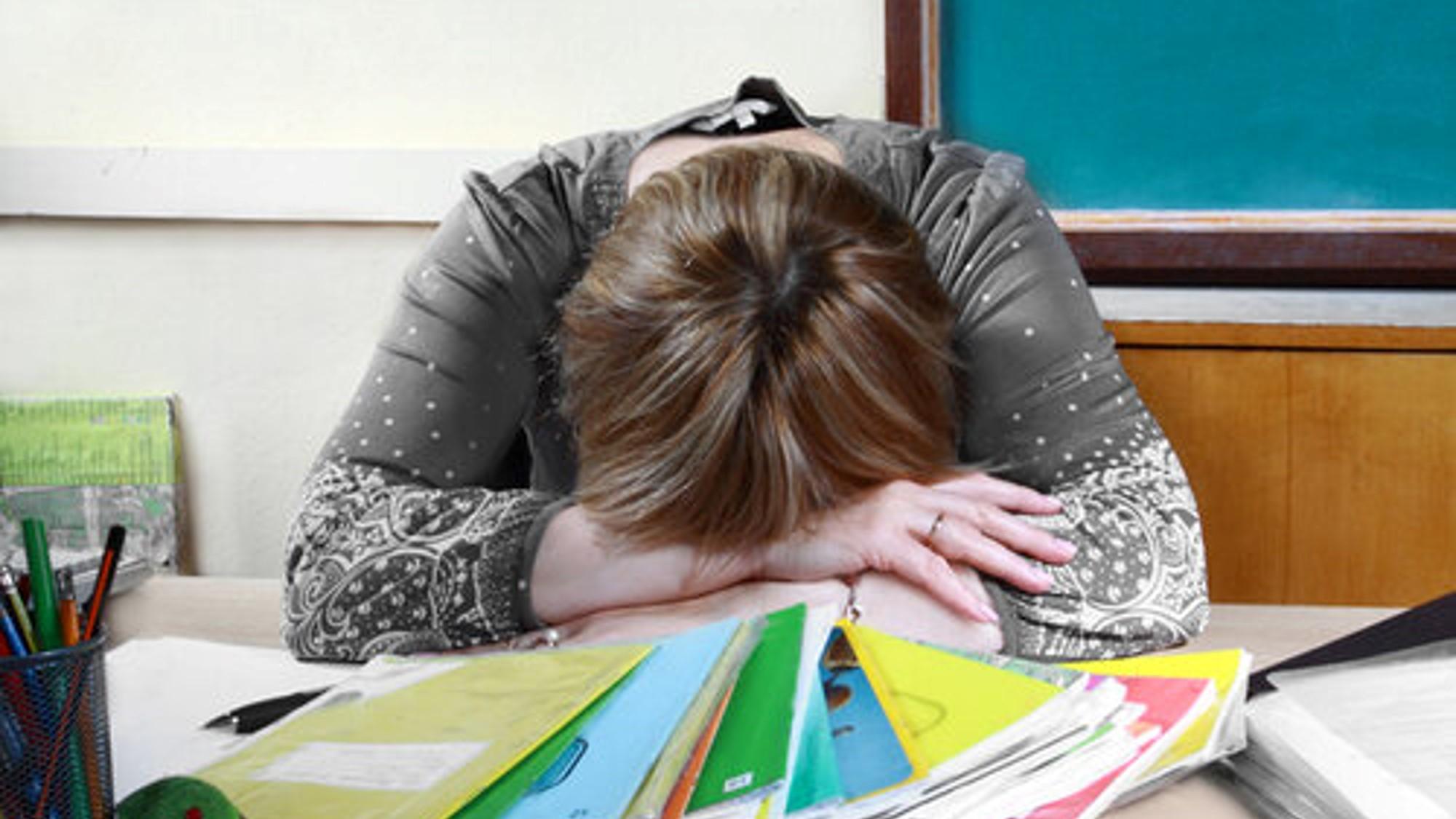 Preocupación continua, principal riesgo psicoafectivo en estudiantes y docentes